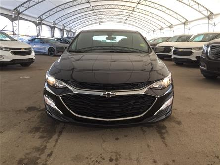 2020 Chevrolet Malibu LT (Stk: 181662) in AIRDRIE - Image 2 of 40