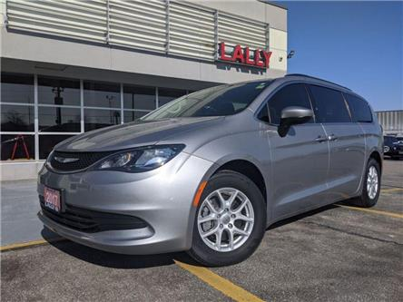 2017 Chrysler Pacifica LX (Stk: K3921) in Chatham - Image 1 of 22