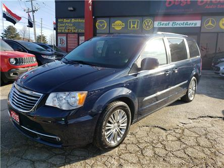 2015 Chrysler Town & Country Touring-L (Stk: 503992) in Toronto - Image 1 of 15