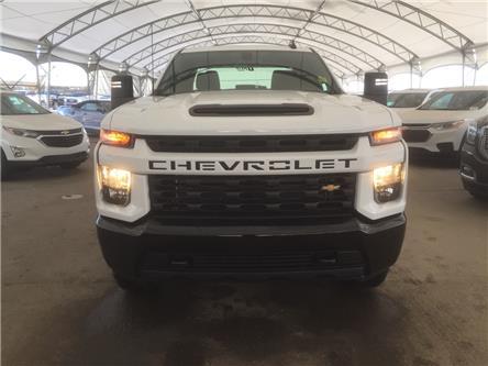 2020 Chevrolet Silverado 2500HD Custom (Stk: 181869) in AIRDRIE - Image 2 of 42