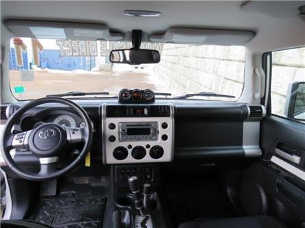 2011 Toyota FJ Cruiser Base (Stk: D00612P) in Fredericton - Image 2 of 22