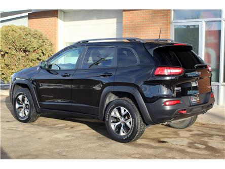 2017 Jeep Cherokee Trailhawk (Stk: 523763) in Saskatoon - Image 2 of 24