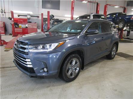 2018 Toyota Highlander Limited (Stk: 2091001) in Moose Jaw - Image 1 of 36