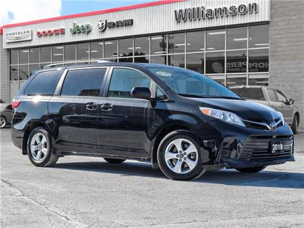 2018 Toyota Sienna LE 8-Passenger (Stk: W6067) in Uxbridge - Image 1 of 28