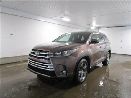2017 Toyota Highlander Limited (Stk: 2032651) in Regina - Image 1 of 34
