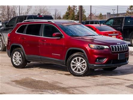 2019 Jeep Cherokee North (Stk: 27379UR) in Barrie - Image 1 of 28