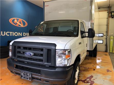 2019 Ford E-450 Cutaway Base (Stk: 19-C39201) in Lower Sackville - Image 1 of 15