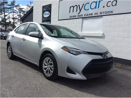 2018 Toyota Corolla LE (Stk: 200263) in North Bay - Image 1 of 20