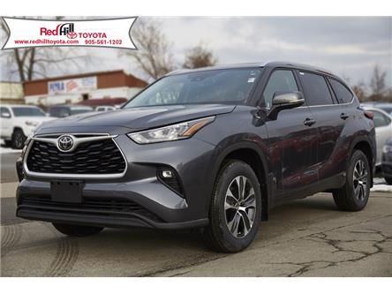 2020 Toyota Highlander XLE (Stk: 20551) in Hamilton - Image 1 of 22