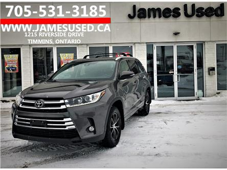 2017 Toyota Highlander XLE (Stk: P02745) in Timmins - Image 1 of 14