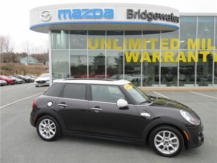 2015 MINI 5 Door Cooper S (Stk: ) in Hebbville - Image 1 of 21