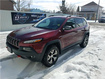 2018 Jeep Cherokee Trailhawk (Stk: 15093) in Fort Macleod - Image 1 of 21