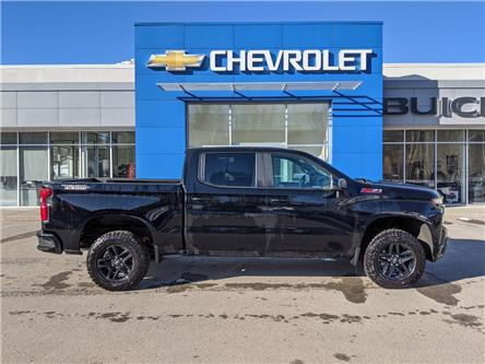 2020 Chevrolet Silverado 1500 LT Trail Boss (Stk: LZ121602) in Fernie - Image 1 of 11