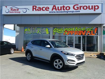 2018 Hyundai Tucson SE 2.0L (Stk: 17430) in Dartmouth - Image 1 of 18