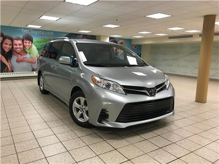 2019 Toyota Sienna LE 8-Passenger (Stk: 5745) in Calgary - Image 1 of 21