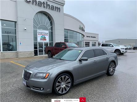 2012 Chrysler 300 Pano Roof/Heated Front and Rear Seats/Bluetooth (Stk: U04221) in Chatham - Image 1 of 23