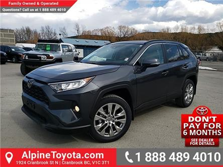 2020 Toyota RAV4 XLE (Stk: W108610) in Cranbrook - Image 1 of 25