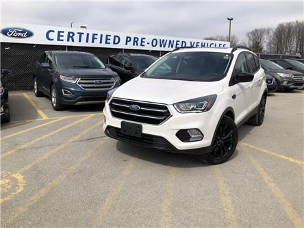 2017 Ford Escape SE (Stk: ET191419A) in Barrie - Image 1 of 16