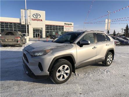 2020 Toyota RAV4 LE (Stk: 200581) in Calgary - Image 1 of 26