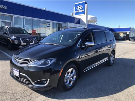 2018 Chrysler Pacifica Hybrid Limited (Stk: 29996A) in Scarborough - Image 1 of 19