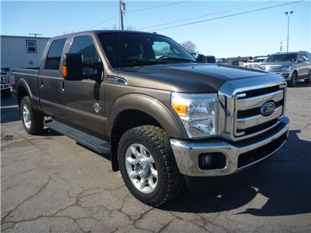 2016 Ford F-350 Lariat (Stk: 20125B) in Wilkie - Image 1 of 23
