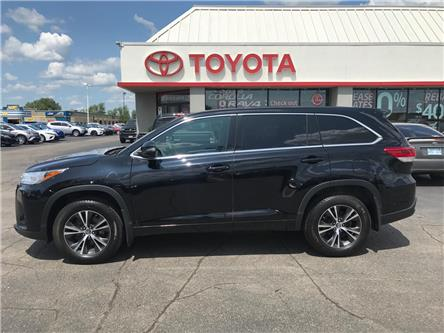 2018 Toyota Highlander LE (Stk: P0055520) in Cambridge - Image 1 of 15