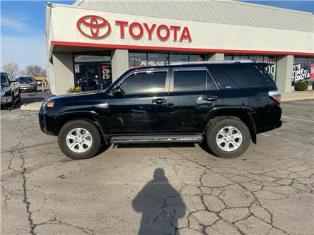 2018 Toyota 4Runner SR5 (Stk: 2003411) in Cambridge - Image 1 of 15