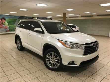 2015 Toyota Highlander XLE (Stk: 200377A) in Calgary - Image 1 of 22