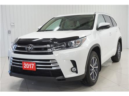 2017 Toyota Highlander XLE (Stk: H17062A) in Sault Ste. Marie - Image 1 of 27