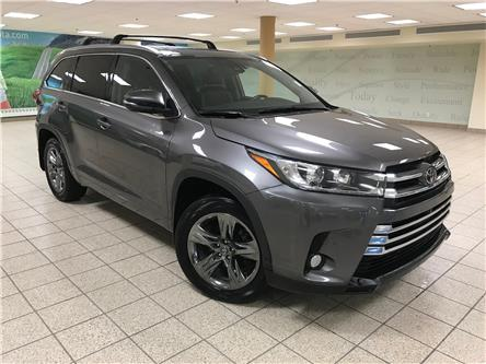 2018 Toyota Highlander Limited (Stk: 200966A) in Calgary - Image 1 of 20