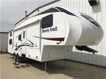 2012 Heartland NORTH TRAIL FIFTH WHEEL (Stk: LP010) in Rocky Mountain House - Image 1 of 26
