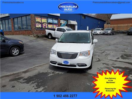 2015 Chrysler Town & Country Touring (Stk: 751141) in Dartmouth - Image 1 of 20