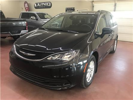 2017 Chrysler Pacifica LX (Stk: N19-158B) in Nipawin - Image 1 of 18