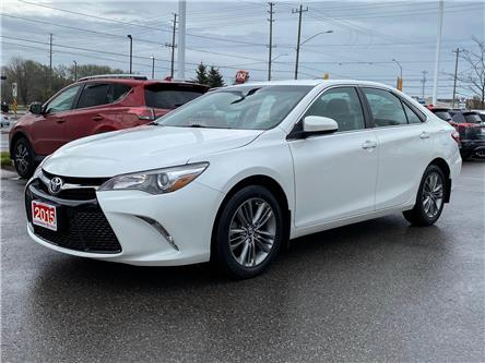 2015 Toyota Camry SE (Stk: W5030) in Cobourg - Image 1 of 19