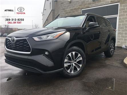 2020 Toyota Highlander XLE (Stk: 46907) in Brampton - Image 1 of 26