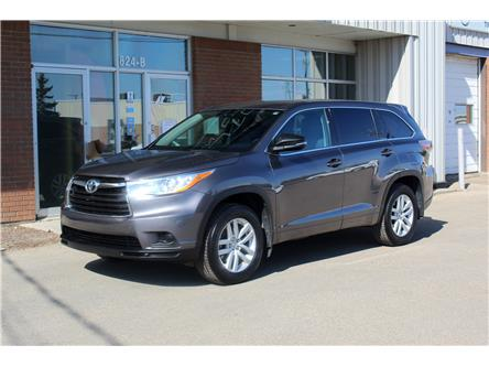 2014 Toyota Highlander LE (Stk: 015397) in Saskatoon - Image 1 of 24