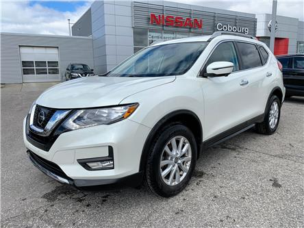 2017 Nissan Rogue SV (Stk: CHC836992) in Cobourg - Image 1 of 32