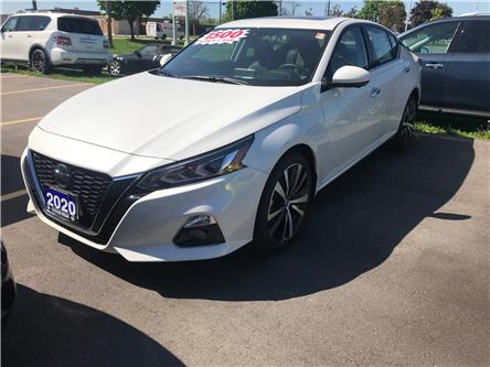 2020 Nissan Altima 2.5 Platinum (Stk: 2129) in Chatham - Image 1 of 5