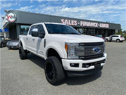 2017 Ford F-350 Platinum (Stk: 17-E11076) in Abbotsford - Image 1 of 17