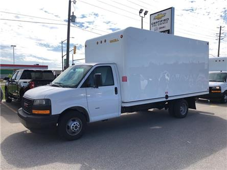 2019 GMC Savana Cutaway Work Van (Stk: 0B028A) in Blenheim - Image 1 of 7