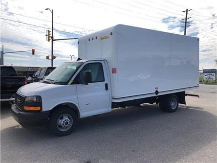 2019 GMC Savana Cutaway Work Van (Stk: 0B029A) in Blenheim - Image 1 of 7