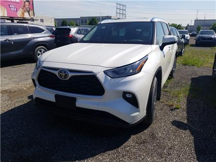 2020 Toyota Highlander XLE (Stk: 20-526) in Etobicoke - Image 1 of 10