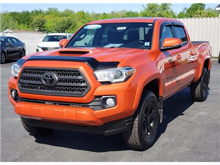 2016 Toyota Tacoma SR5 (Stk: 10758) in Lower Sackville - Image 1 of 24