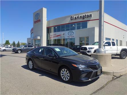 2020 Toyota Camry SE (Stk: 20137) in Bowmanville - Image 1 of 13