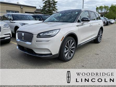 2020 Lincoln Corsair Reserve (Stk: L-1045) in Calgary - Image 1 of 7