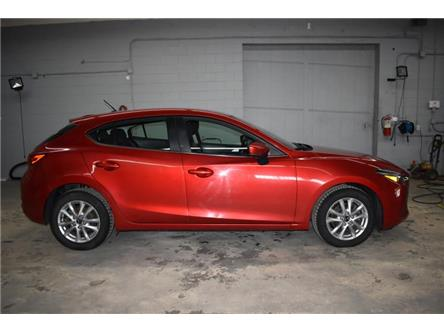 2018 Mazda Mazda3 Sport GS (Stk: UCP1820) in Kingston - Image 1 of 26