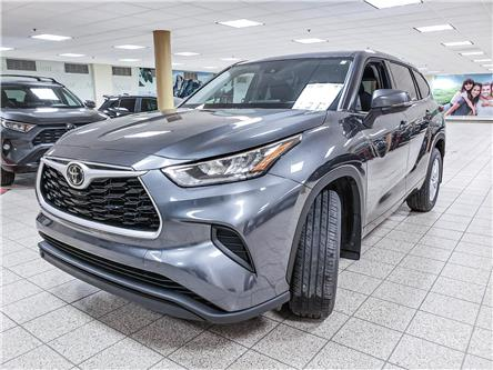 2020 Toyota Highlander LE (Stk: 200769) in Calgary - Image 1 of 17