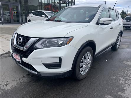 2017 Nissan Rogue S (Stk: UT1464) in Kamloops - Image 1 of 21