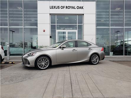 2017 Lexus IS 300 Base (Stk: L20028A) in Calgary - Image 1 of 24