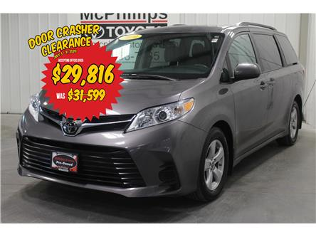 2019 Toyota Sienna  (Stk: F10182) in Winnipeg - Image 1 of 28